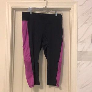 Lane Bryant Active Capri exercise pants 18W/20W